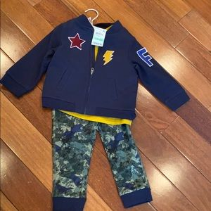 New First Impressions 3 piece boy outfit size 18M